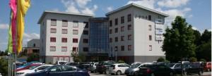 Das Bild zeigt das Gebäude CASA in Alzenau Süd